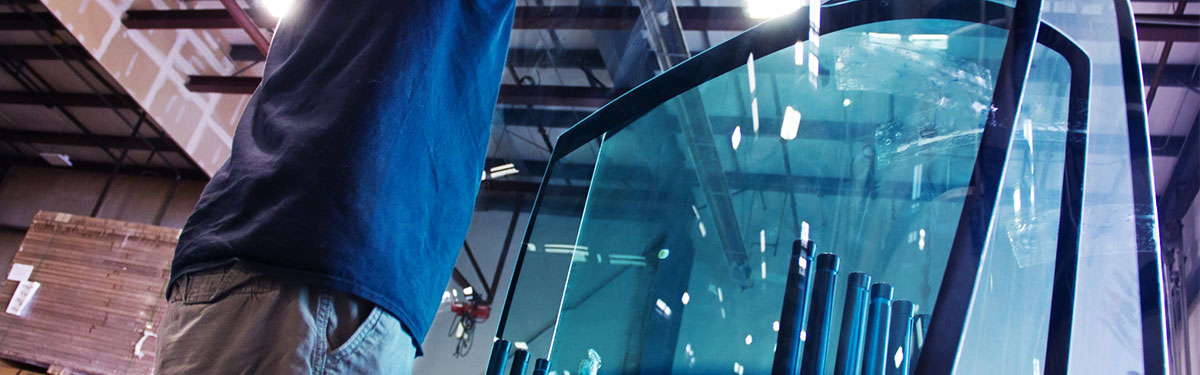 windshield glass in Coach Glass warehouse, logistics services